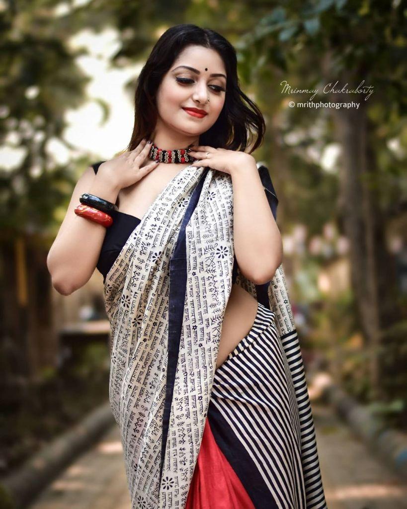 Rupsa Saha Chowdhury 42+ Glamorous Photos, Wiki, Age, Biography, Movies and, web series 119