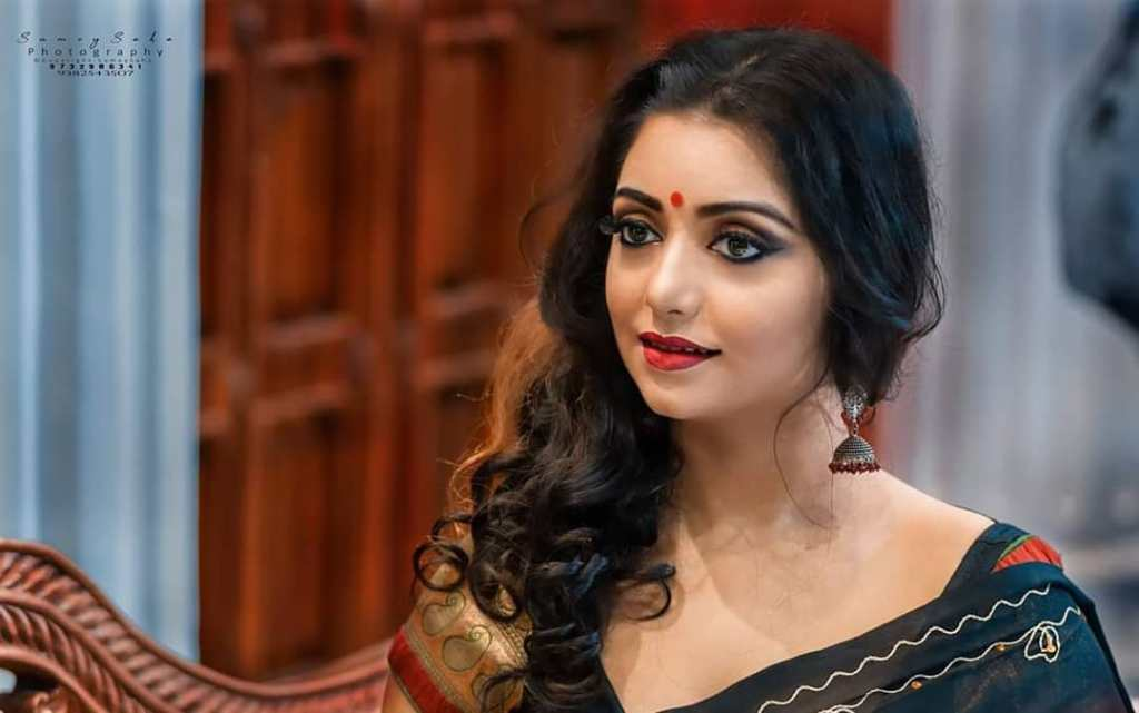Rupsa Saha Chowdhury 42+ Glamorous Photos, Wiki, Age, Biography, Movies and, web series 91