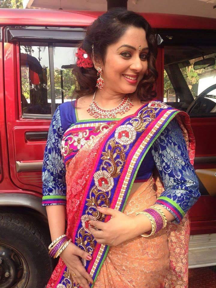 23+ Lovely Photos of Sreeya Remesh 14