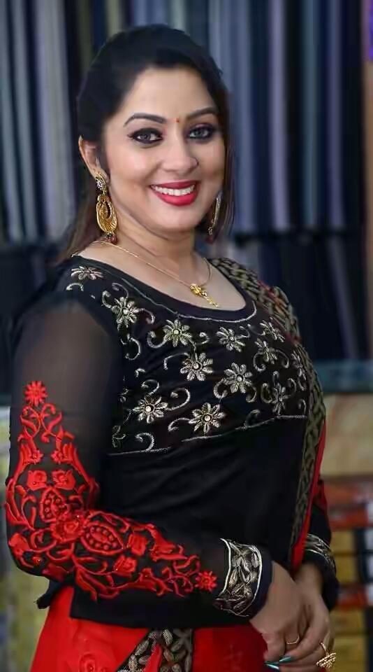 23+ Lovely Photos of Sreeya Remesh 18