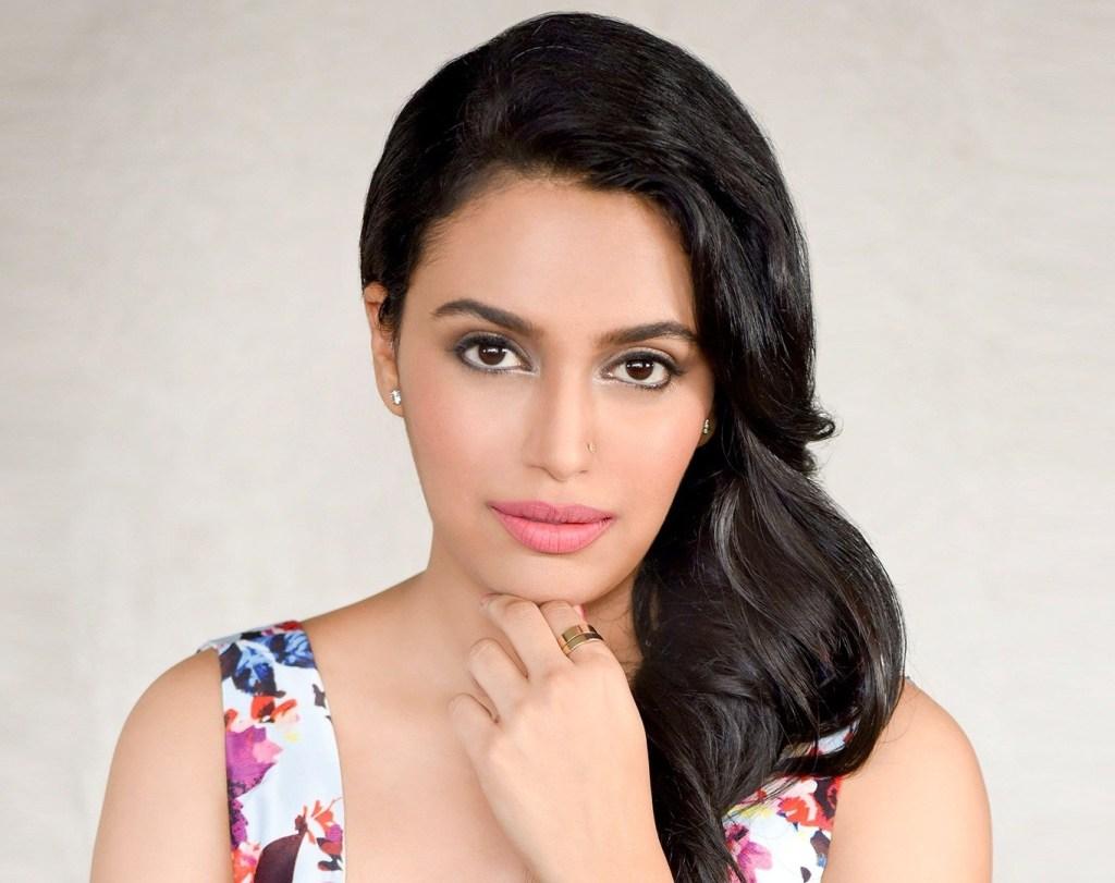 40+ Charming Photos of Swara Bhaskar 38