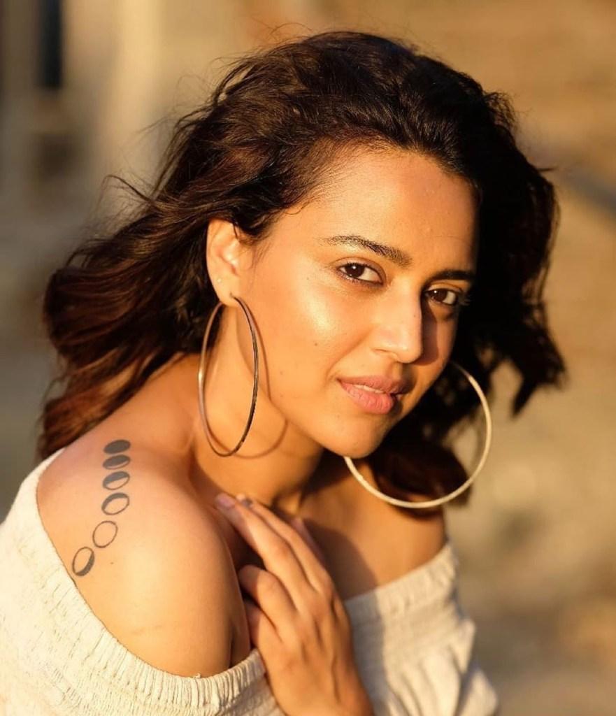 40+ Charming Photos of Swara Bhaskar 17