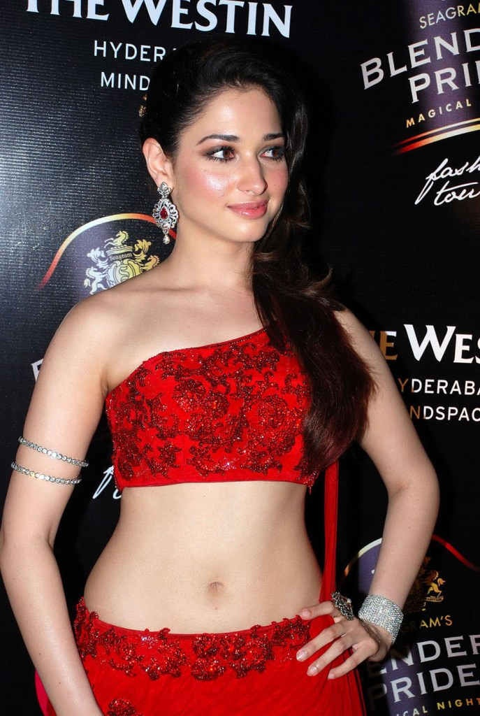 Tamanna Bhatia Wiki, Age, Biography, Movies, and Glamorous Photos 60