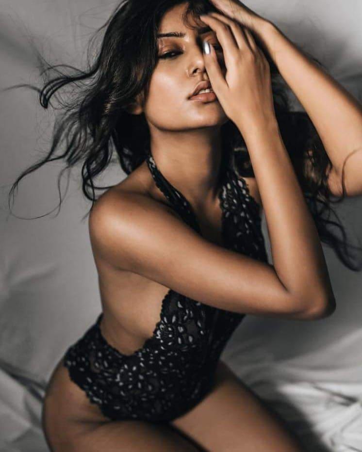 54+ Glamorous Photos of Twinkle Meena 14