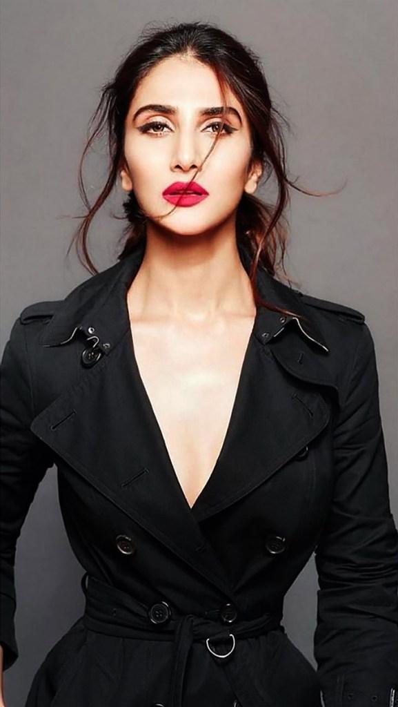 36+ Stunning Photos of Vaani Kapoor 3