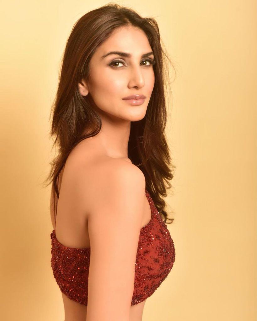 36+ Stunning Photos of Vaani Kapoor 23