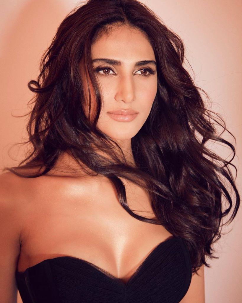36+ Stunning Photos of Vaani Kapoor 27