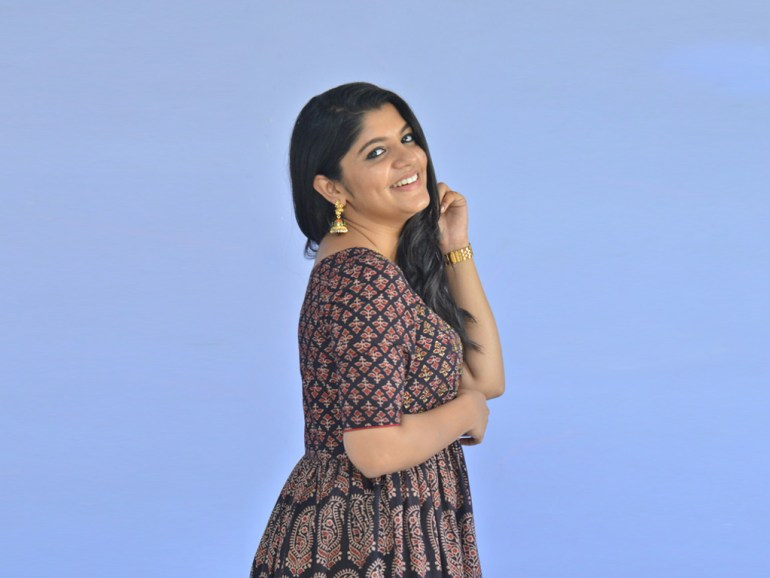 53+ Gorgeous Photos of Aparna Balamurali 115
