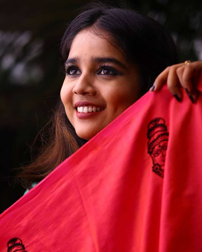 Kerala Tik Tok Star Dhanya S Rajesh (Helen of Sparta) HD Photos 25