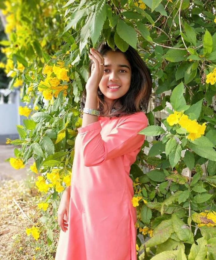 Dhanya S Rajesh (Helen of Sparta) Wiki, Age, Biography, and Gorgeous Photos 5
