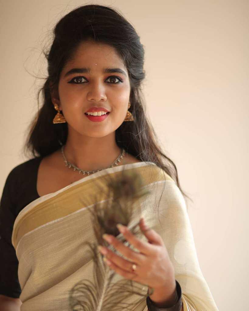 Kerala Tik Tok Star Dhanya S Rajesh (Helen of Sparta) HD Photos 12