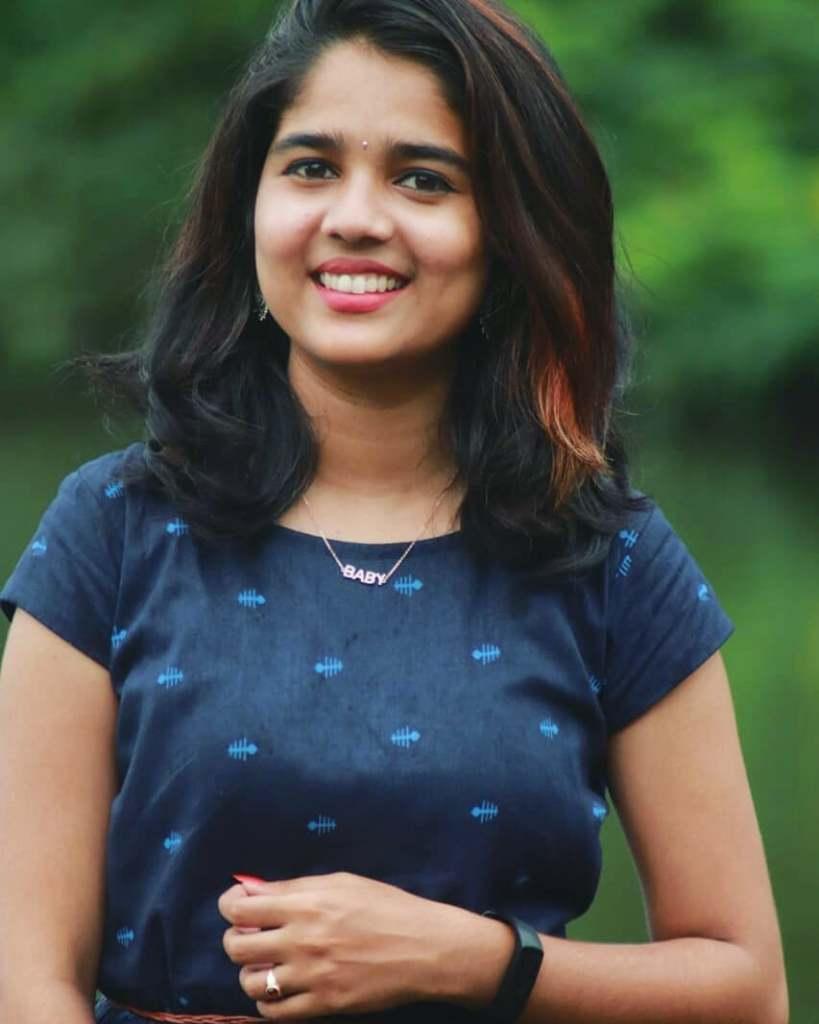 Kerala Tik Tok Star Dhanya S Rajesh (Helen of Sparta) HD Photos 10