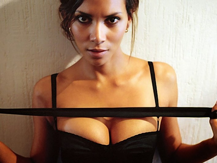 59+ Charming Photos of Halle Berry 59