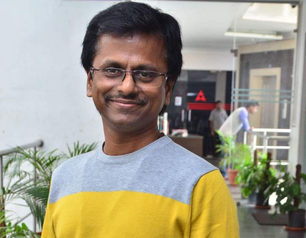 AR Murugadoss Wiki, Age, Family, Movies, HD Photos, Biography, and More 5