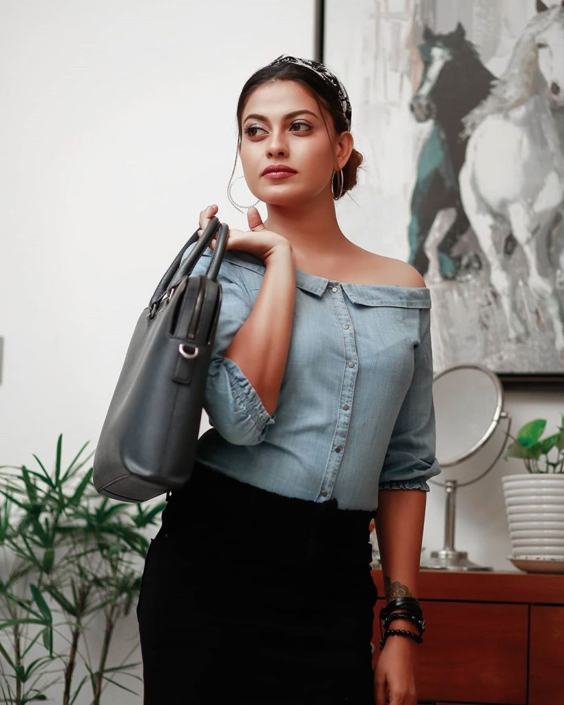 Check out this 89+ HD Photos of Anusree 174