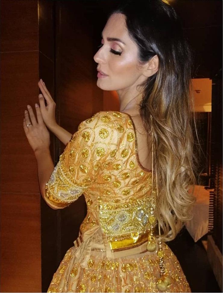 29+ Stunning Photos of Bruna Abdullah 98