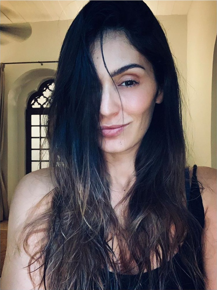 29+ Stunning Photos of Bruna Abdullah 17