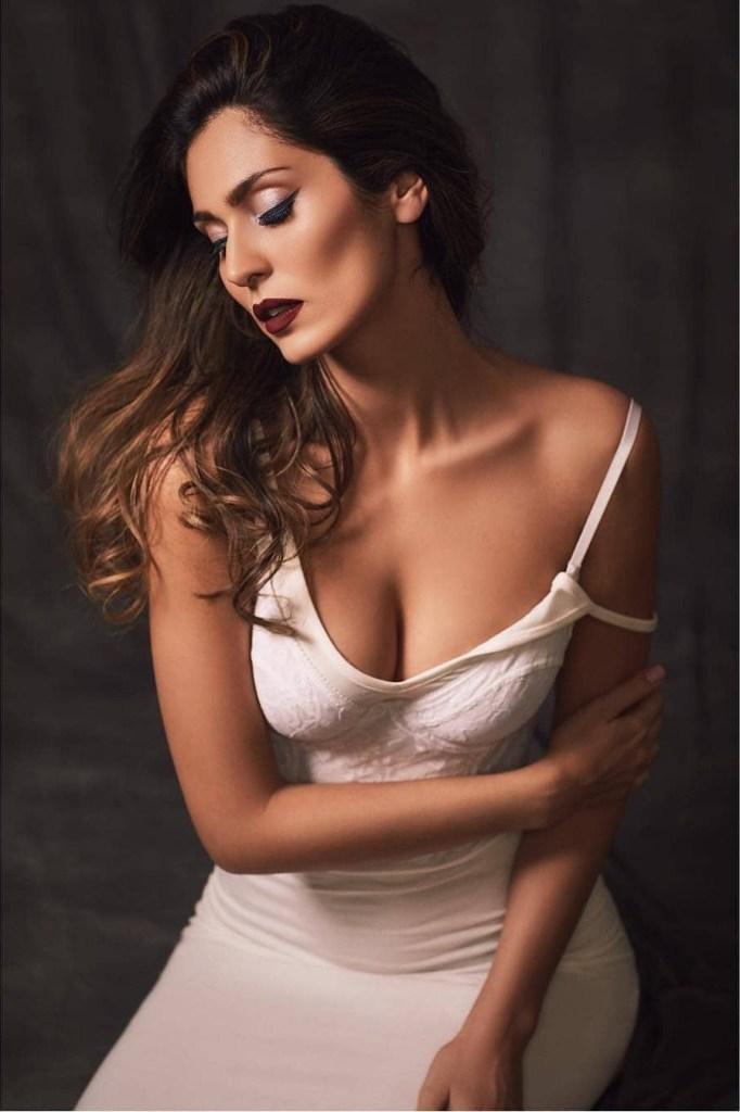 29+ Stunning Photos of Bruna Abdullah 8