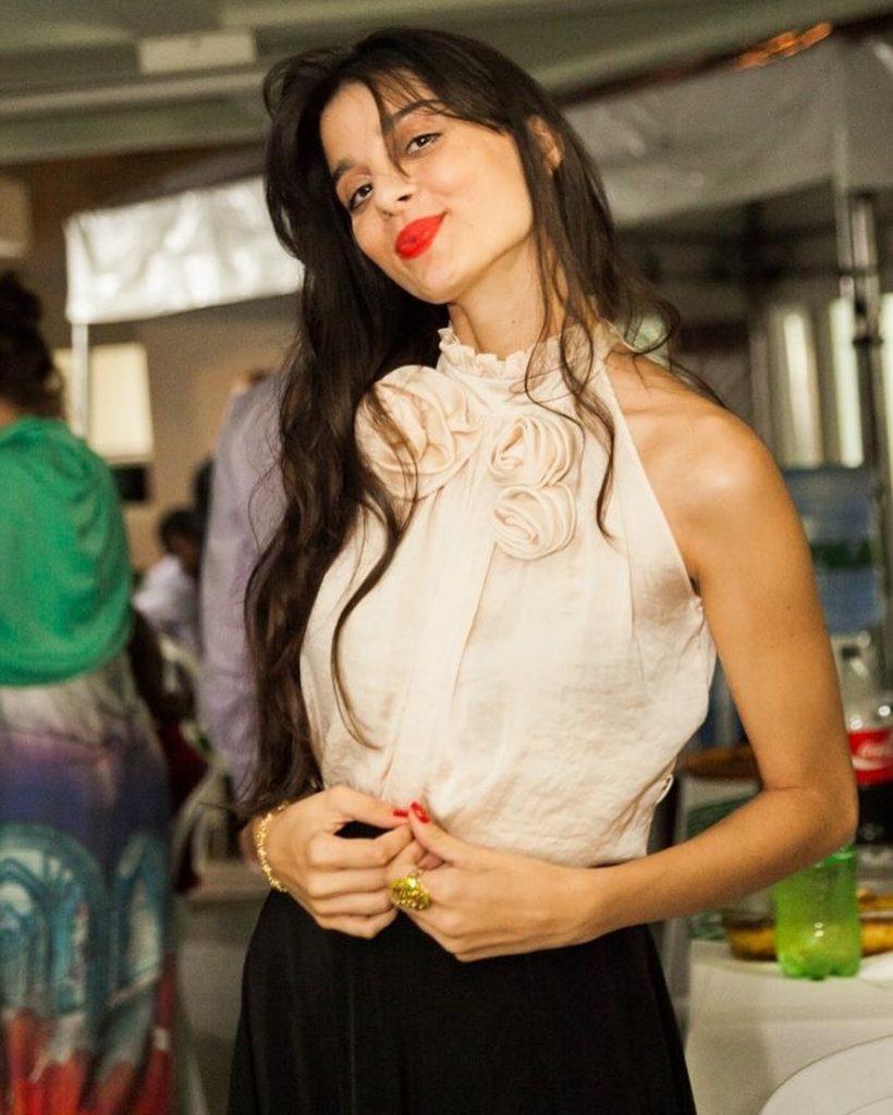 21+ Gorgeous Photos of Giselli Monteiro 7