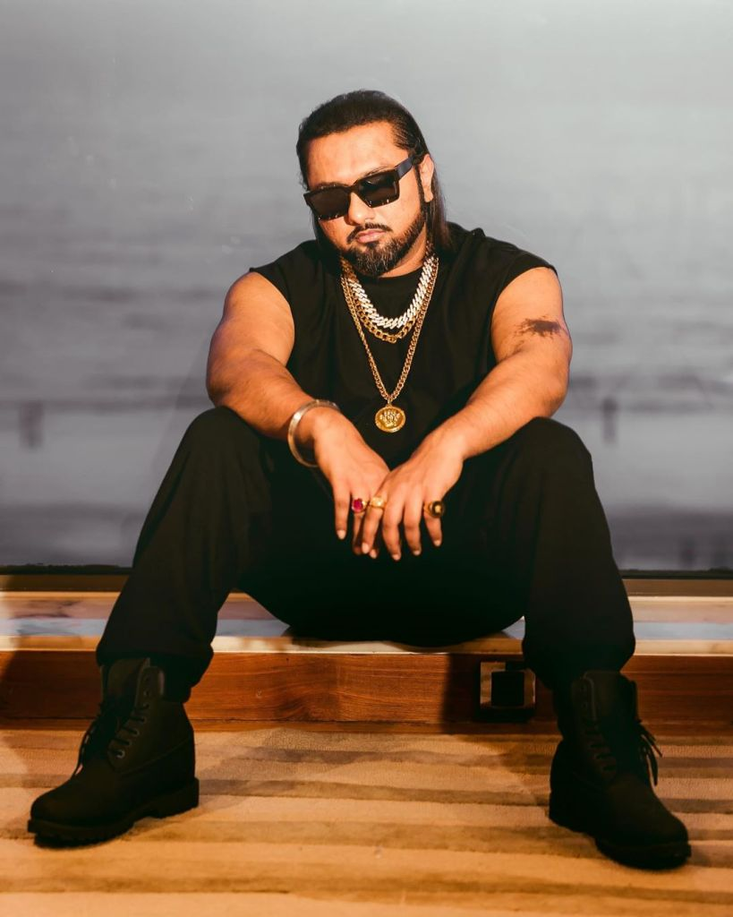 Honey Singh Wiki, Age, Family, Movies, HD Photos, Biography, and More 99