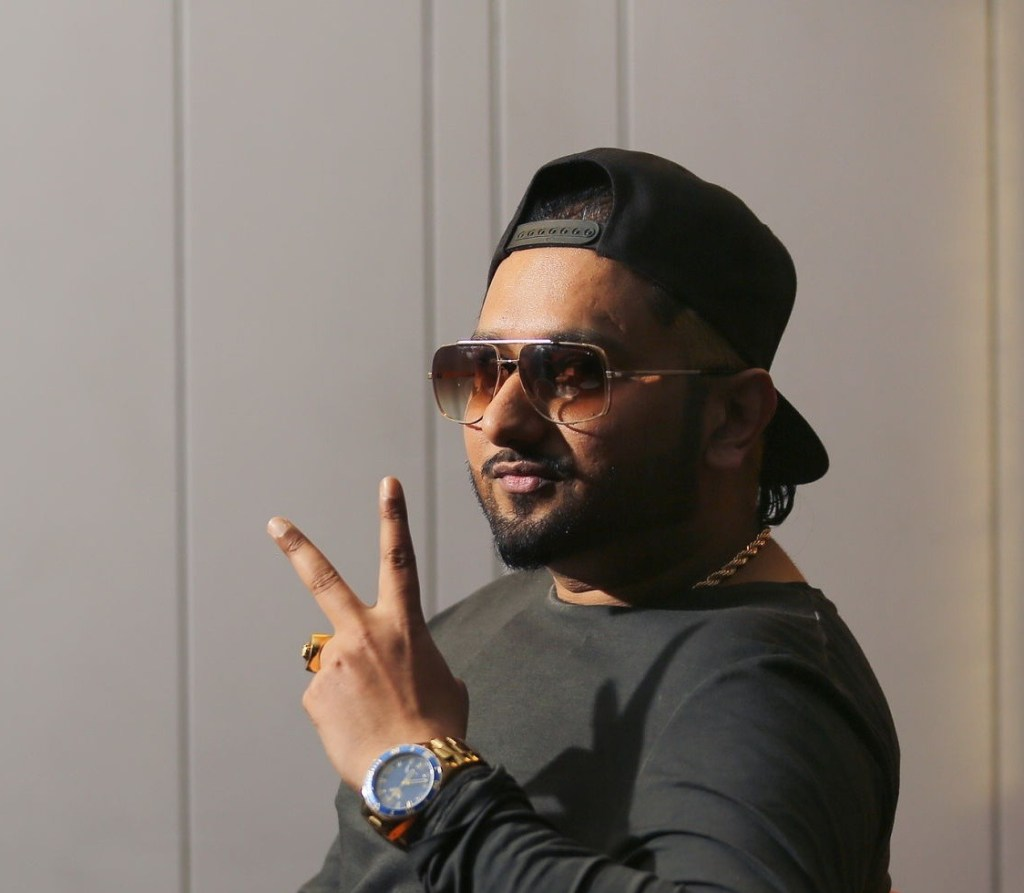 Honey Singh Wiki, Age, Family, Movies, HD Photos, Biography, and More 92