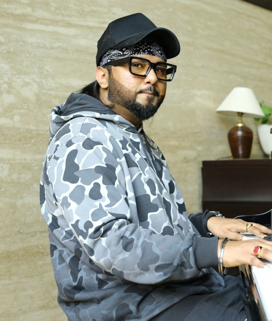 Honey Singh Wiki, Age, Family, Movies, HD Photos, Biography, and More 93