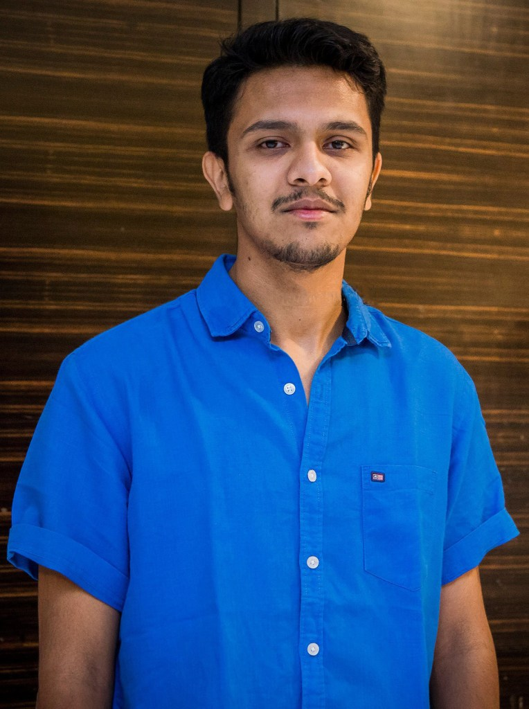 Karthick Naren Wiki, Age, Family, Movies, HD Photos, Biography, and More 8
