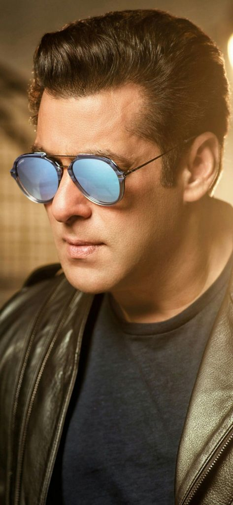 Salman Khan Wiki, Age, Family, Movies, HD Photos, Biography, and More 18
