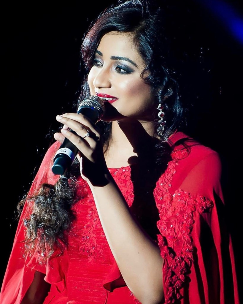 Shreya Ghoshal Wiki, Age, Family, Movies, HD Photos, Biography, and More 86