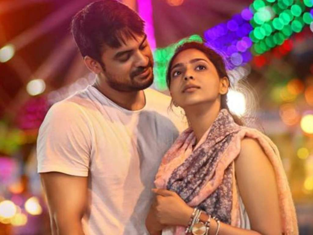 Tovino Thomas Wiki, Age, Family, Movies, HD Photos, Biography, and More 95