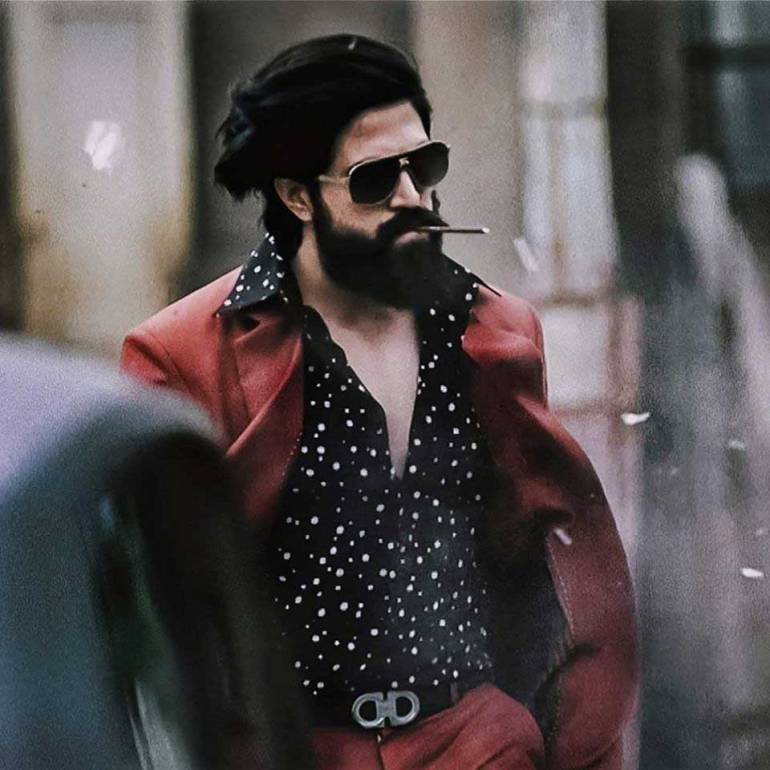 Yash Wiki, Age, Family, Movies, HD Photos, Biography, and More 6