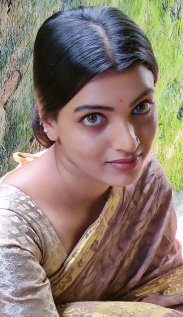 Aishwarya Rai's doppelganger, Kerala Tik Tok Star Amrutha Saju Gorgeous Photos 1