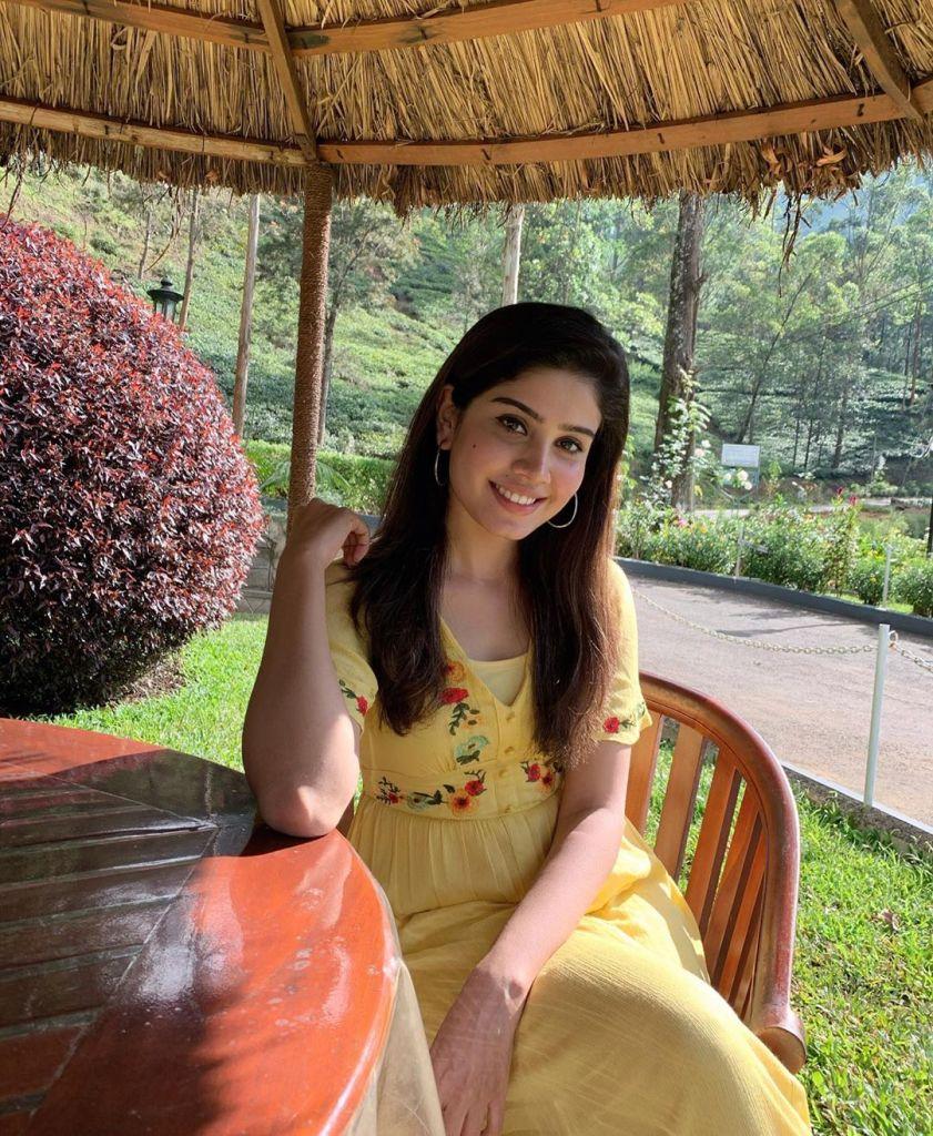 45+ Gorgeous Photos of Miss South India Lakshmi Menon 22