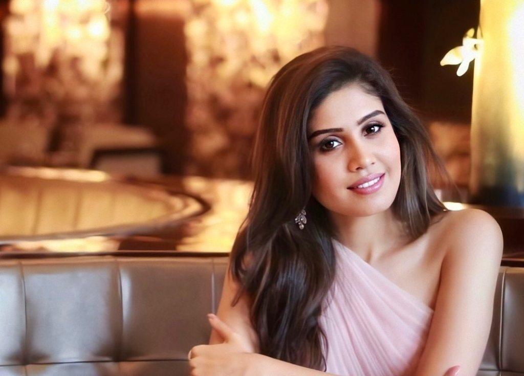 45+ Gorgeous Photos of Miss South India Lakshmi Menon 126