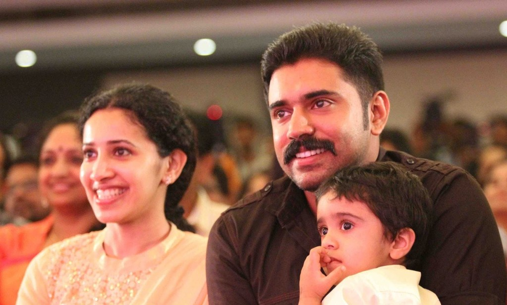 Nivin Pauly Wiki, Age, Family, Movies, HD Photos, Biography, and More 5