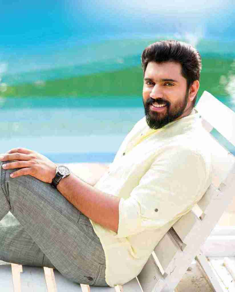Nivin Pauly Wiki, Age, Family, Movies, HD Photos, Biography, and More 8