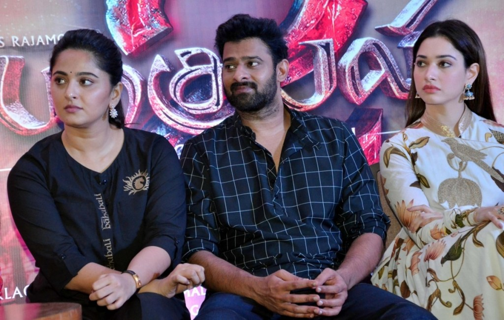 Prabhas Wiki, Age, Family, Movies, HD Photos, Biography, and More 94