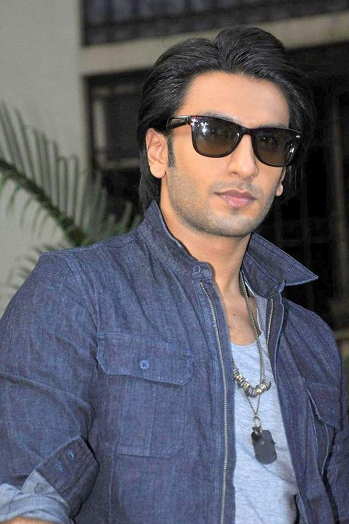 Ranveer Singh Wiki, Age, Family, Movies, HD Photos, Biography, and More 2