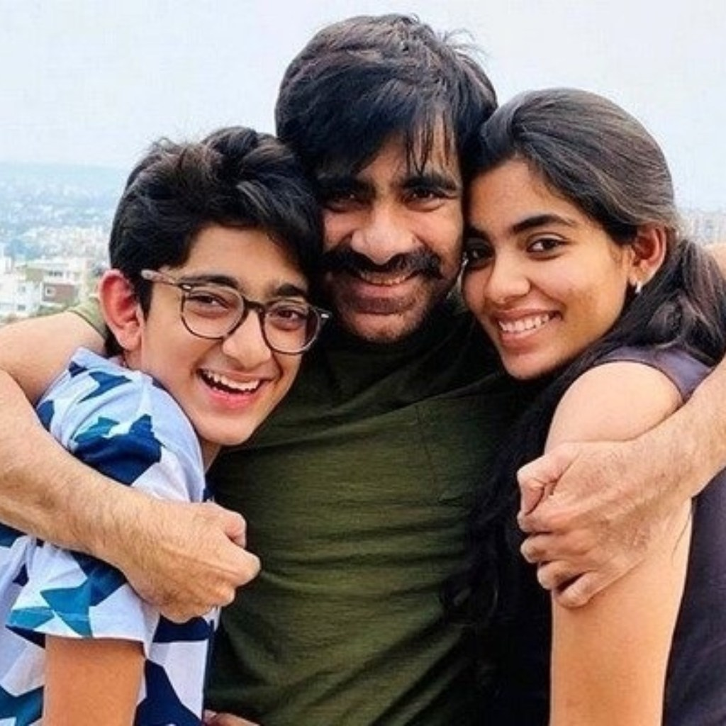 Ravi Teja Wiki, Age, Family, Movies, HD Photos, Biography, and More 87