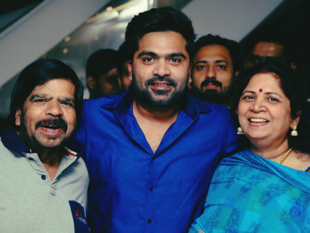 Simbu Wiki, Age, Family, Movies, HD Photos, Biography, and More 11
