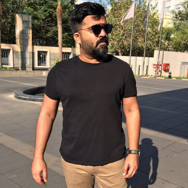 Simbu Wiki, Age, Family, Movies, HD Photos, Biography, and More 3