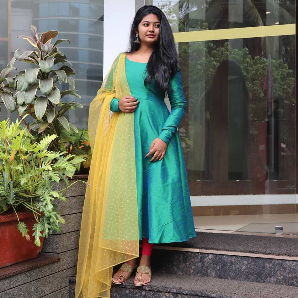 The Simply Kerala Youtuber Unni Maya - SimplyMyStyle!! Unni Wiki, Age, Biography, Youtube, and Beautiful Photos 97