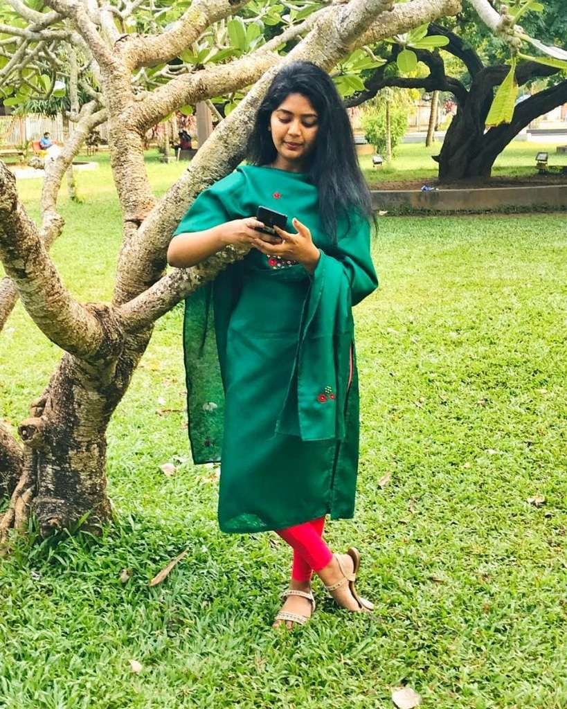 The Simply Kerala Youtuber Unni Maya - SimplyMyStyle!! Unni Wiki, Age, Biography, Youtube, and Beautiful Photos 106