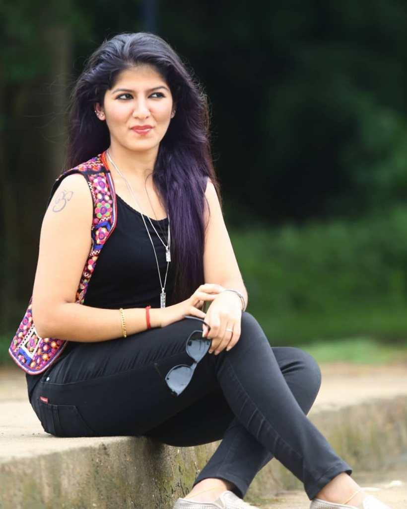 42+ Gorgeous Photos of Aswathy S Nair 17