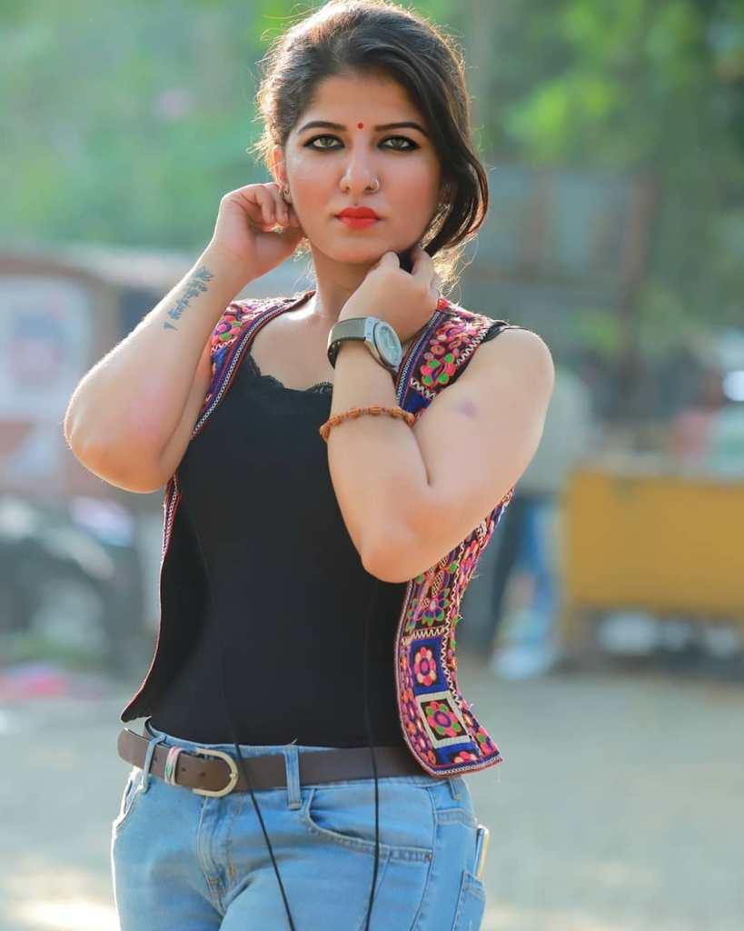 42+ Gorgeous Photos of Aswathy S Nair 36