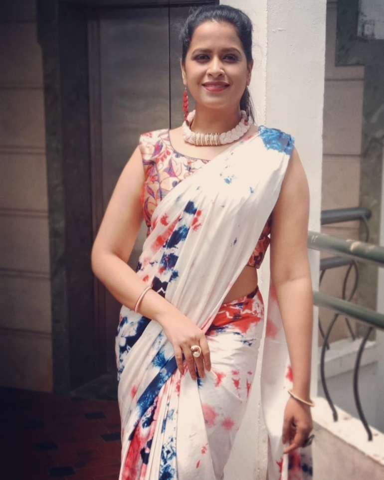 Sadhika Venugopal 39+ Beautiful Photos, Wiki, Age, Biography, and Movies 52