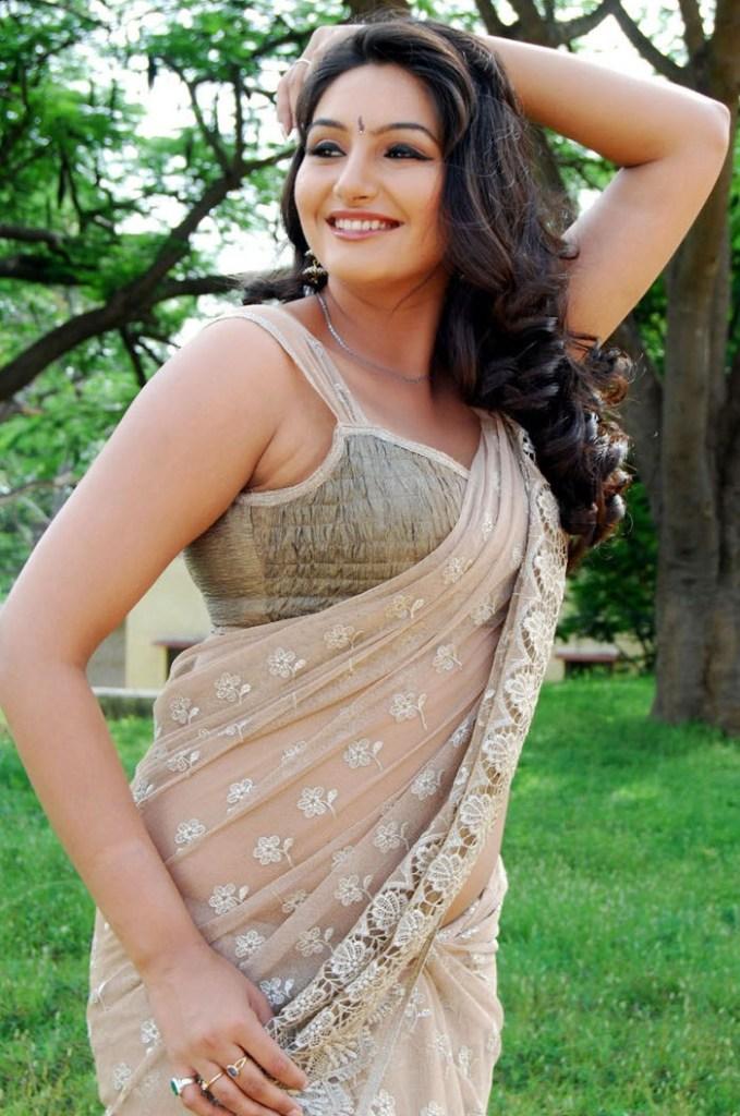 36+ Beautiful Photos of Ragini Dwivedi 10