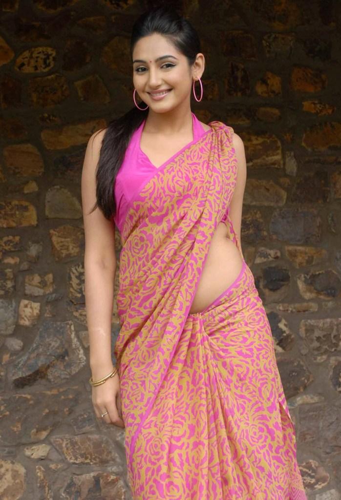 36+ Beautiful Photos of Ragini Dwivedi 18