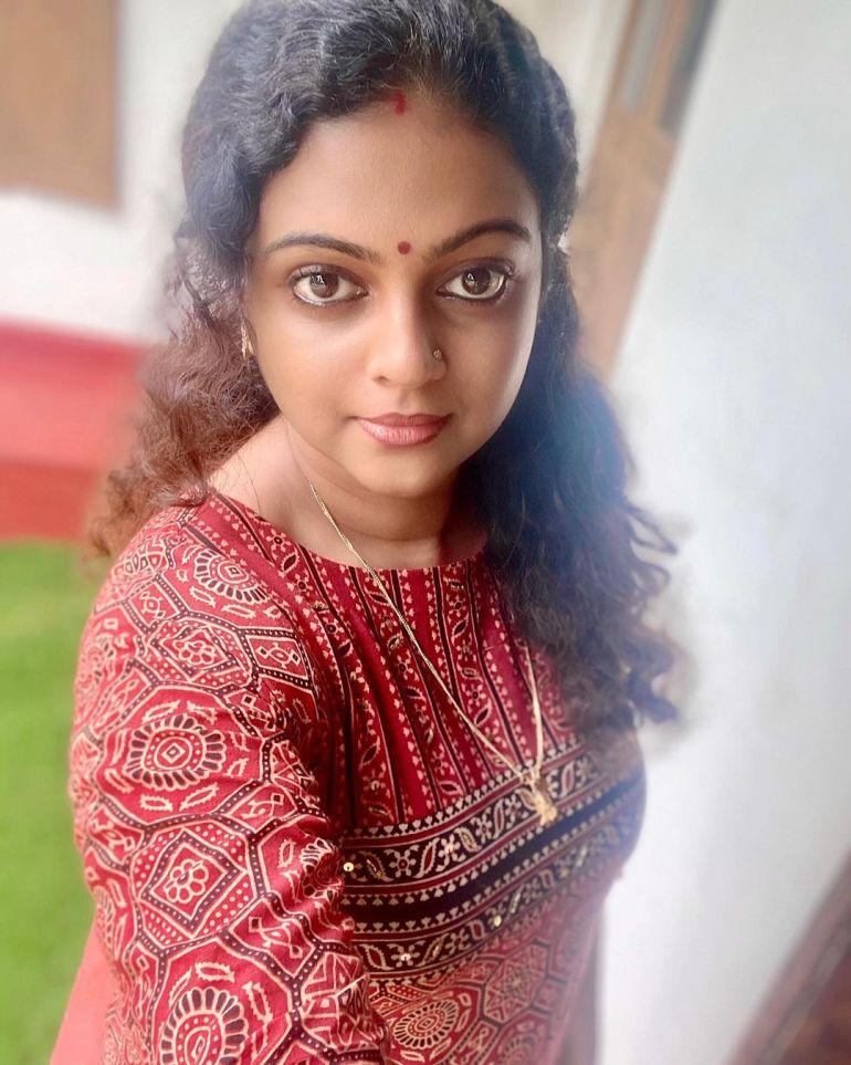 Aswathy Sreekanth 24+ Beautiful Photos, Wiki, Age, Biography, and Movies 106
