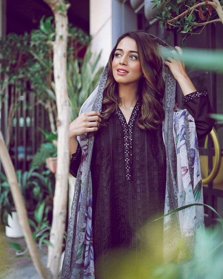 Jumana Khan Wiki, Age, Biography, Movies, Tik Tok, and Gorgeous Photos 104